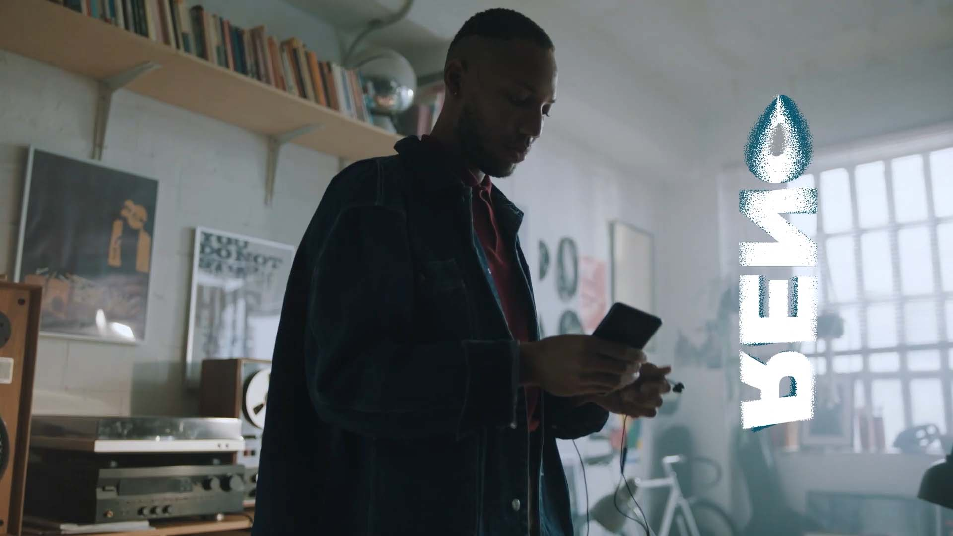 Picture of Oppo's commercial, by Perimetre creative studio based in Paris